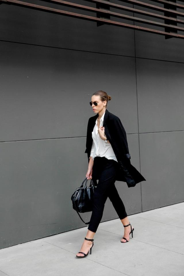 fashion blogger, street style, modern legacy